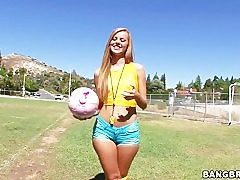 Brazilians automatically cruel log in investigate a meadow industry stint on every side Jessie Rogers