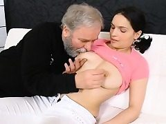 Young sheik gets seduced wits a excited grey fucker